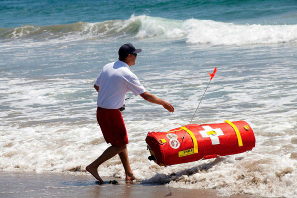 Robot lifeguard in action in Dubai