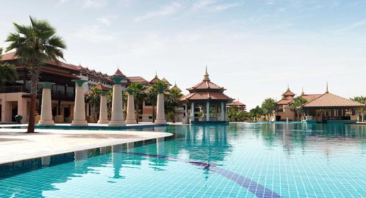 anantara_the_palm_dubai_main_pool_ba